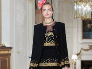 "Odtwórz CHANEL Métiers d'art collection - ""Paris Cosmopolite"" 2016/17"